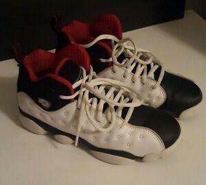 2015 Nike Jump Man Team Jordan Size 4Y