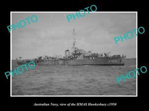 OLD-POSTCARD-SIZE-PHOTO-OF-AUSTRALIAN-NAVY-SHIP-HMAS-HAWKESBURY-c1950