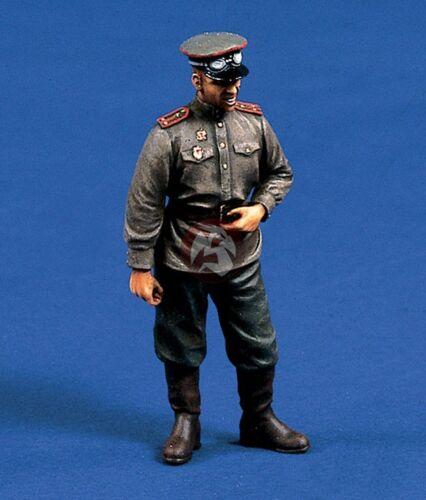 Verlinden 1//35 Soviet Russian Tank Officer Standing Hand on Waist WWII 290