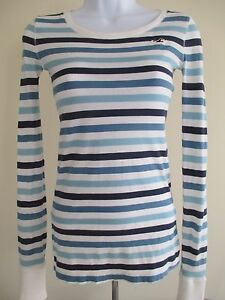 hollister blue and white striped shirt