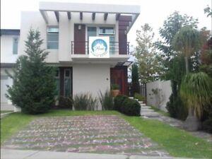 Casa en venta en Casa Fuerte, Tlajomulco