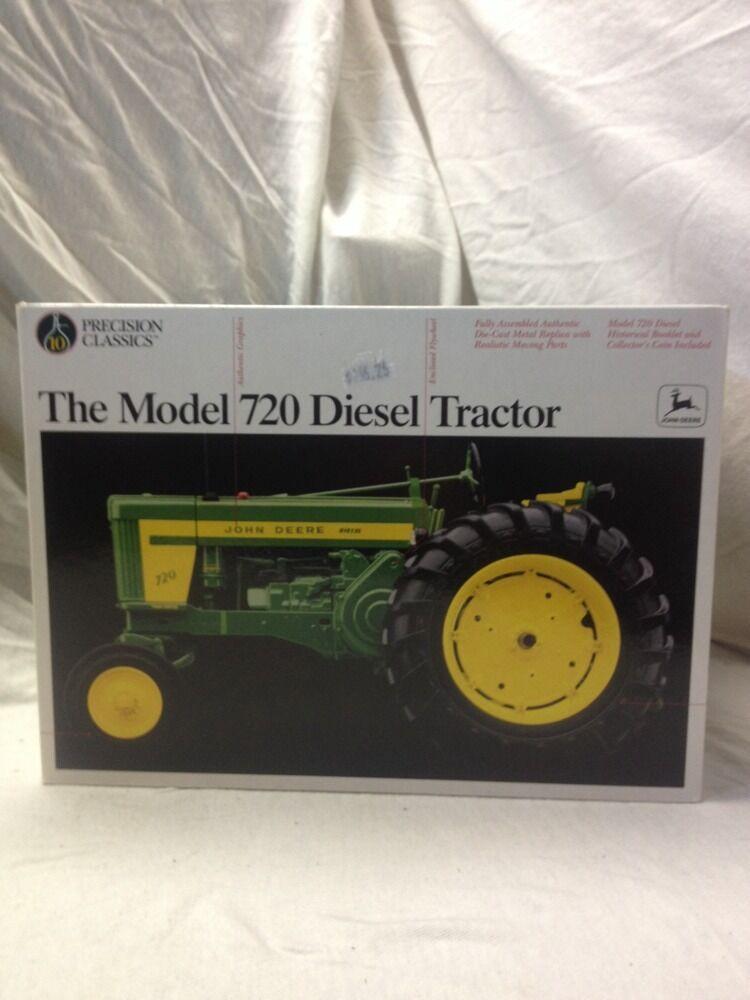 ERTL John Deere il modellololo 720 TRATTORE DIESEL precisione classeic  10 Nuovo di zecca con scatola