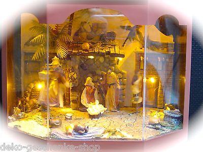 beleuchtete Krippe mit Bewegung LED Krippenszene Christi Geburt im Stall 95005