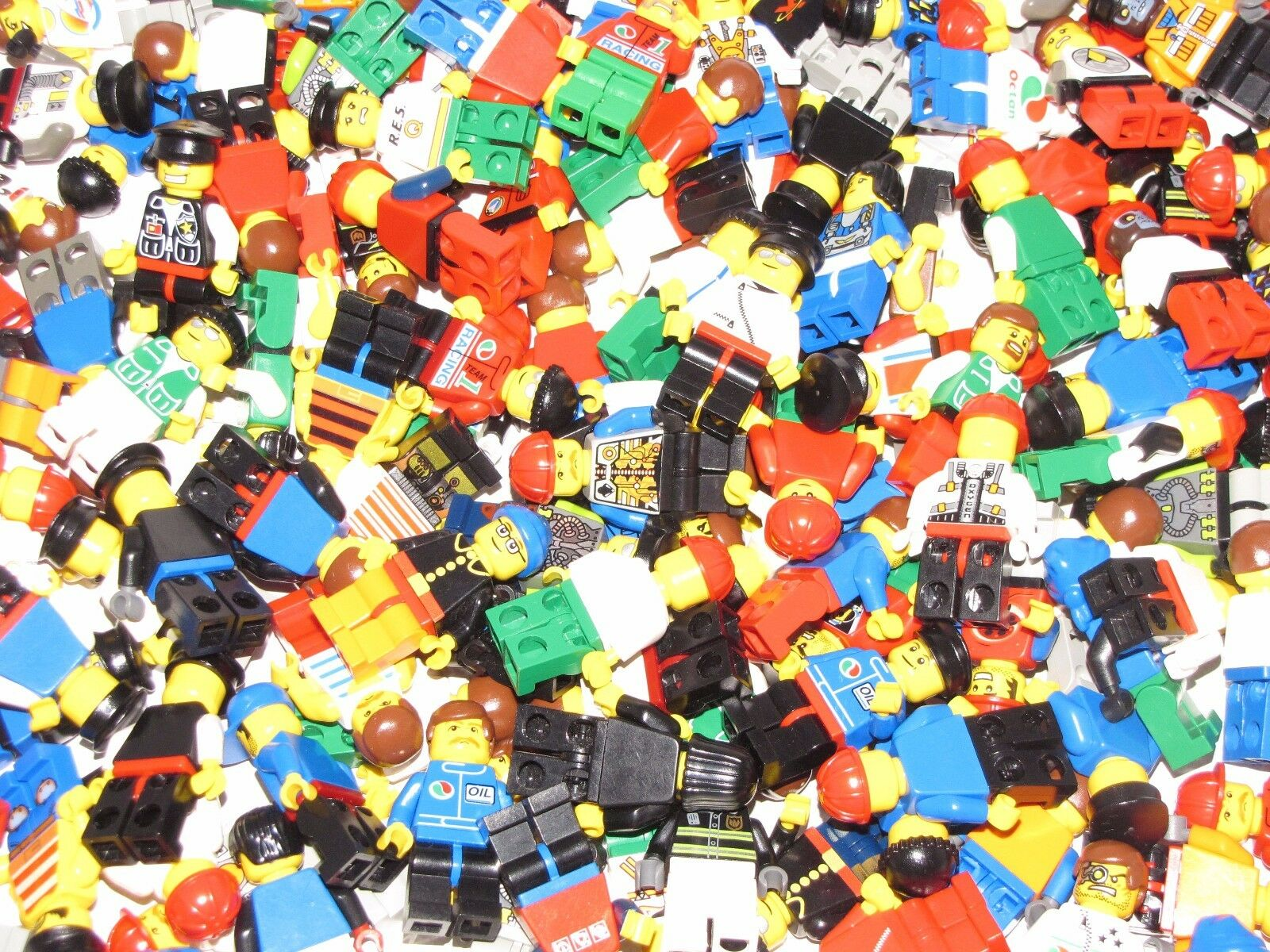 LEGO LOT OF 100 LEGO MINIFIGURES TOWN CITY NINJAGO MORE GRAB BAG RANDOM FIGS
