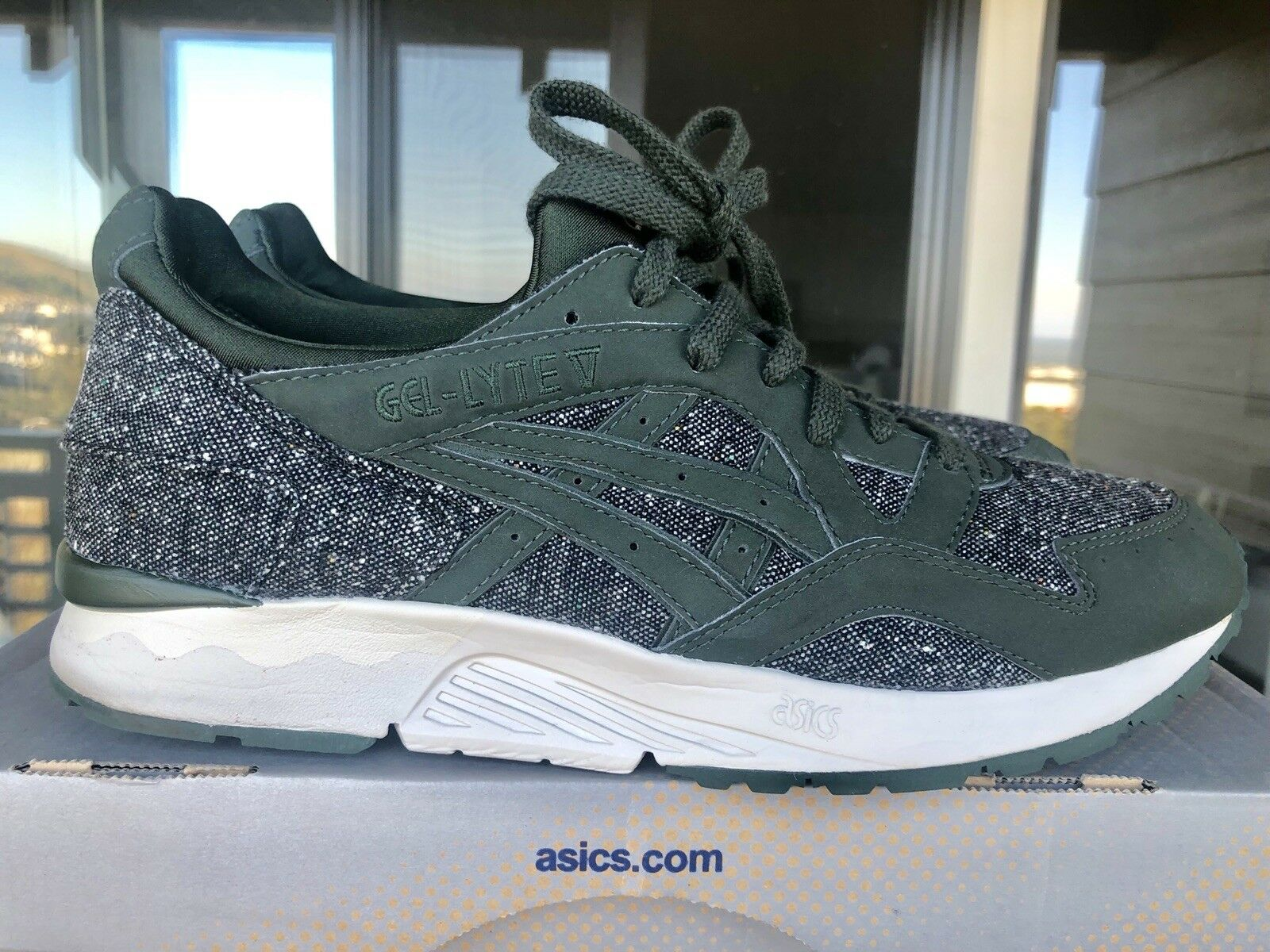 ASICS GEL LYTE V X SNEAKERSNSTUFF X ONITSUKA TIGER TAILOR PACK ARMY GREEN 10