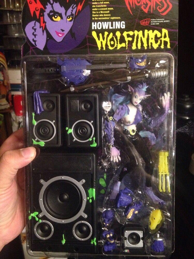 Resurrection of Monstress Howling Wolfinca The Werewolf Hunter Action Figure