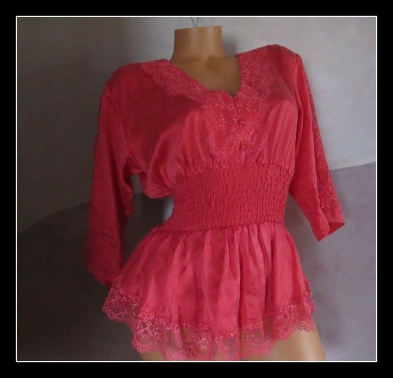 Victoria's Secret    100% silk smocked blouse top sz SMALL
