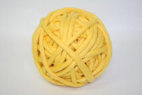 1kg Coloured Merino felted super chunky Nundle wool vine knitting Sunshine