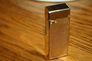 Vintage-PANTHER-GUY-Slim-Goldtone-Butane-cigarette-lighter-nice-stylish-lighter