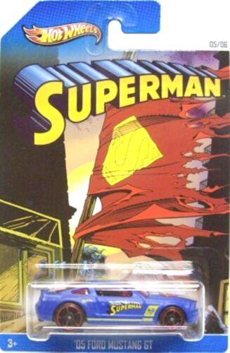Hot Wheels Superman Sonderedition 6 Auto Set BBX86 1:64 Modelauto