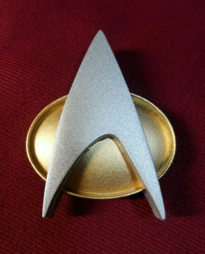 Star Trek The Next Generation Combadge Communicator Pin Com Badge Uniform