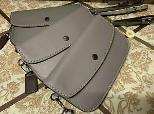 NEW-Coach-1941-Glovetanned-Leather-Wristlet-Clutch-29770-Heather-Grey