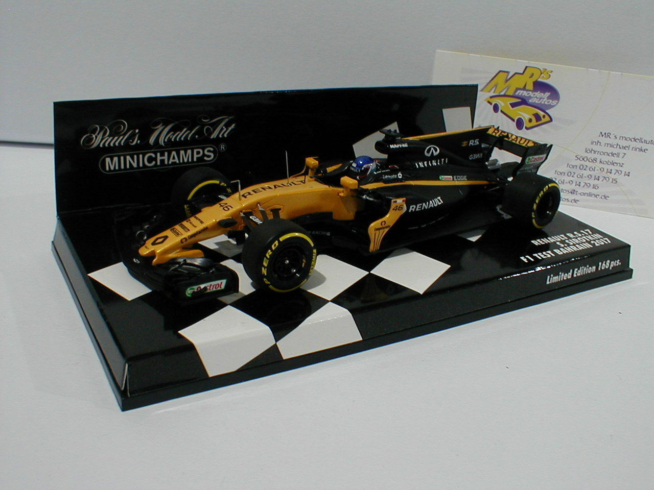 Minichamps 417170046 - Renault R.S.17 No.46 Test Bahrain F1 2017 S.Siredkin 1 43