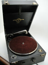 Great Vintage COLUMBIA Model 109 PORTABLE GRAMOPHONE GRAFONOLA 78 rpm ENGLAND