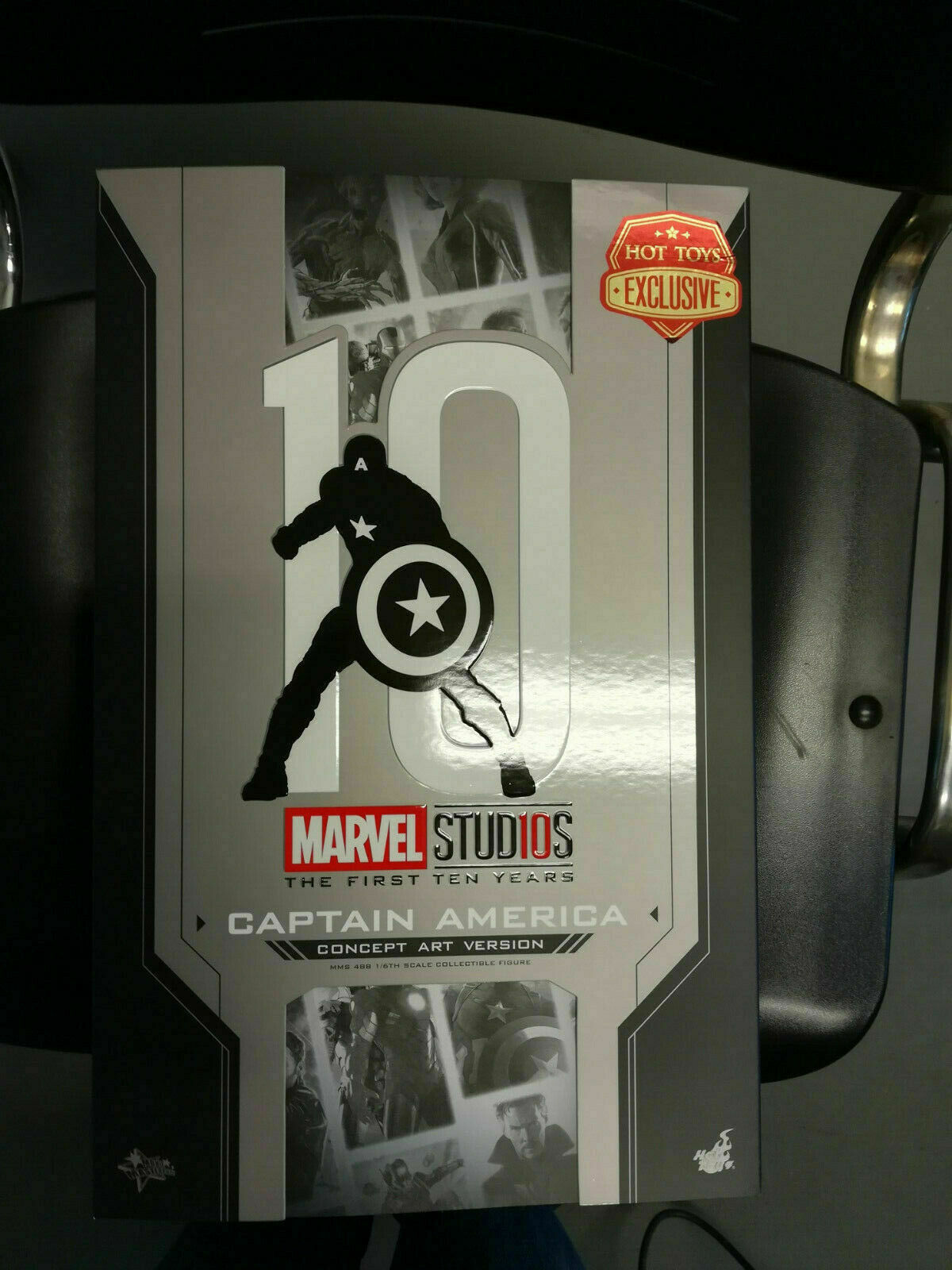 Hot Toys Captain America Concept Art Version 1 6 Scale Figure MMS 288