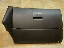 VW MK4  BLACK GLOVE BOX WITH 01 OWNERS MANUAL FITS JETTA AND GOLF 99 04