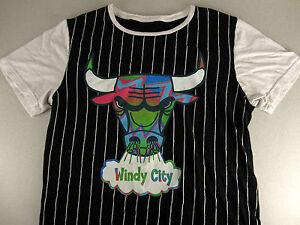 Rare Womens Chicago Bulls Windy City T-shirt Ref Stripes CUTE NBA ... 611830854e