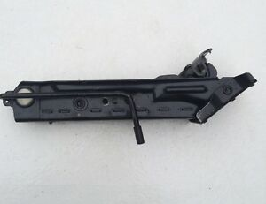 98-04 FORD FOCUS MK1 TOOLKIT CAR JACK /& BRACE WITH TOWING EYE