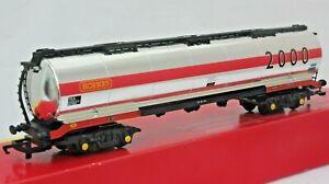 Hornby-R6103-OO-Gauge-LWB-Bogie-Tanker-Wagon-Year-Wagon-039-2000-Hornby-039