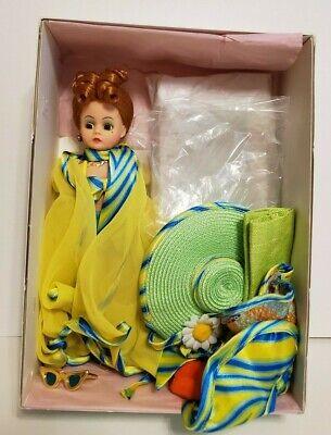 "Beautiful Yellow Daisy Dress Madame Alexander Doll 9/""//10/"" Mint Condition"