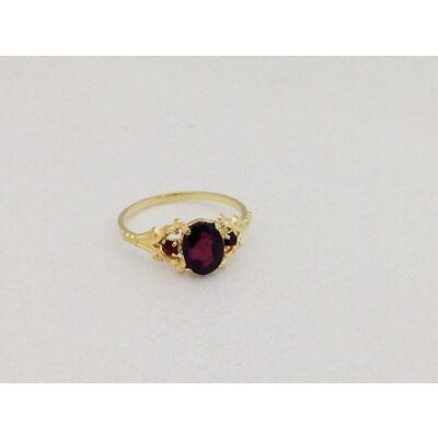 hübscher Vintage Granatring - garnet ring -8 kt Gelbgold