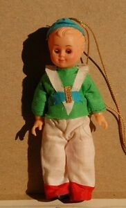 Vintage-Celluloid-Chrismas-tree-ornament-doll