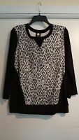 Jones York Sport $ 49 Grey Black And White Leopard With Black Trim