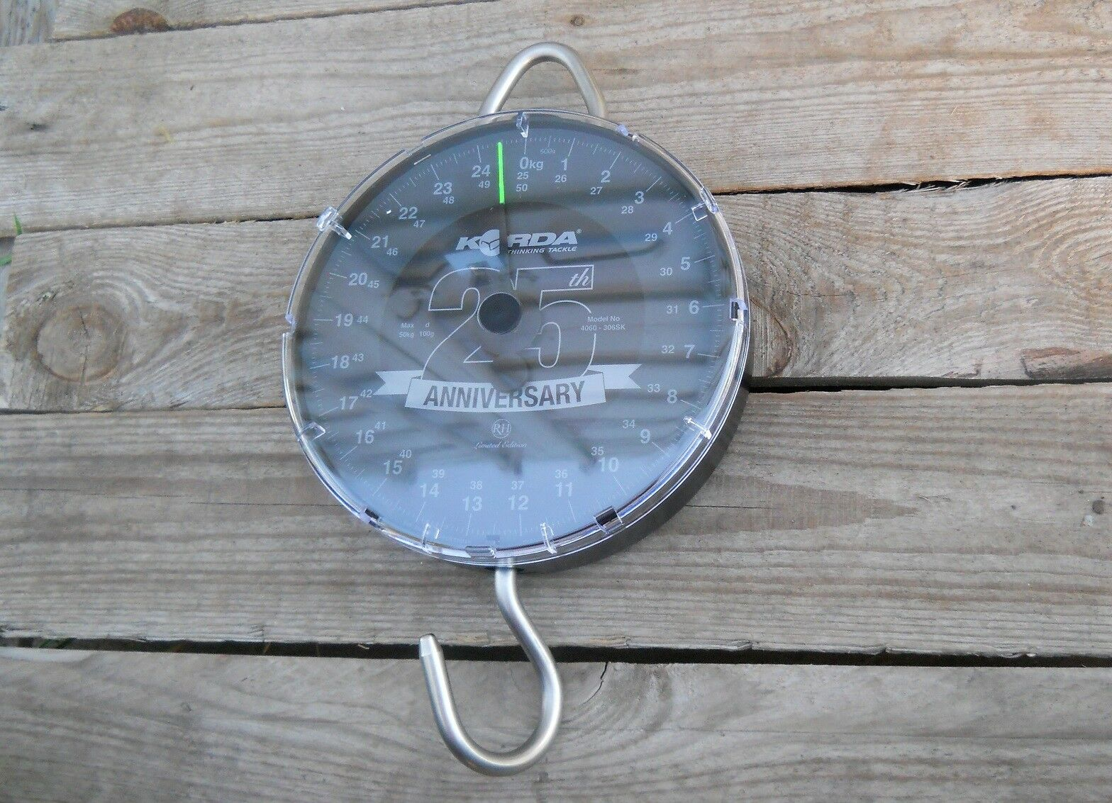 Korda 25th Anniversary Scale by Reuben Heaton Waage Karpfenwaage Angelwaage