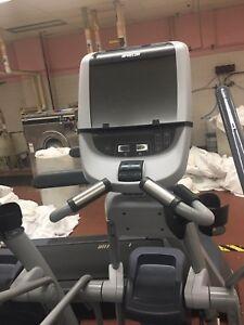 Precor-TRM-823-Treadmill-with-P20-Console