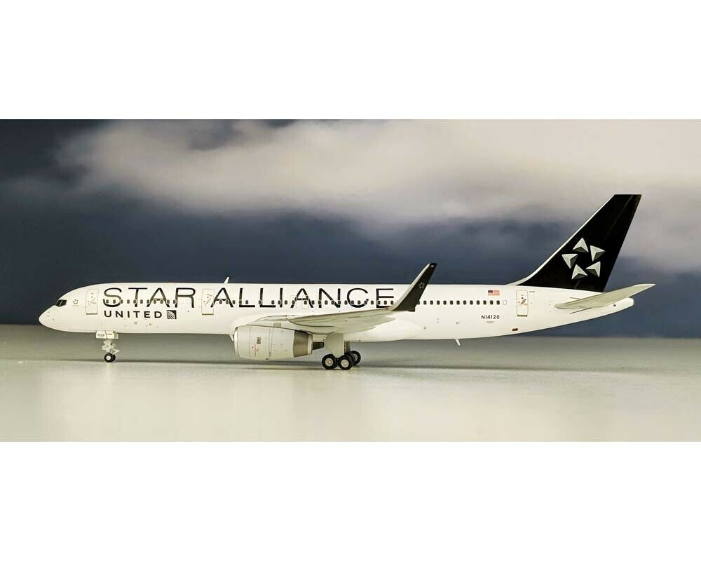 JC WINGS United Airlines Star Alliance B757-200(W) N14120 1 200 JC2UAL798
