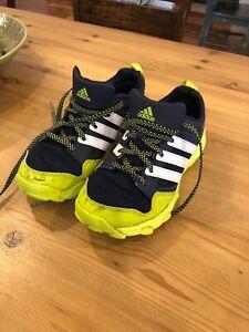 Boys Sz 5.5 ADIDAS Traxion Kanadia TR 7 Trail Running Sneakers | eBay