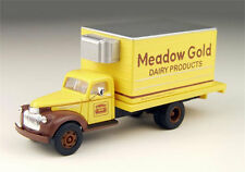 HO Classic Metal Works 1941/46 Chevrolet Delivery Dairy Truck Meadow Gold 30297