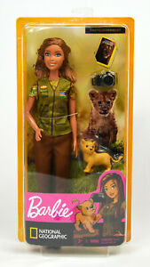 Barbie National Geographic Photo Journalist Doll With Accessories  NEW