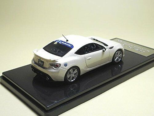 Subaru BRZ Genuine OP Fitted Satin White Pearl WiT/'s 1:43 resin model W25
