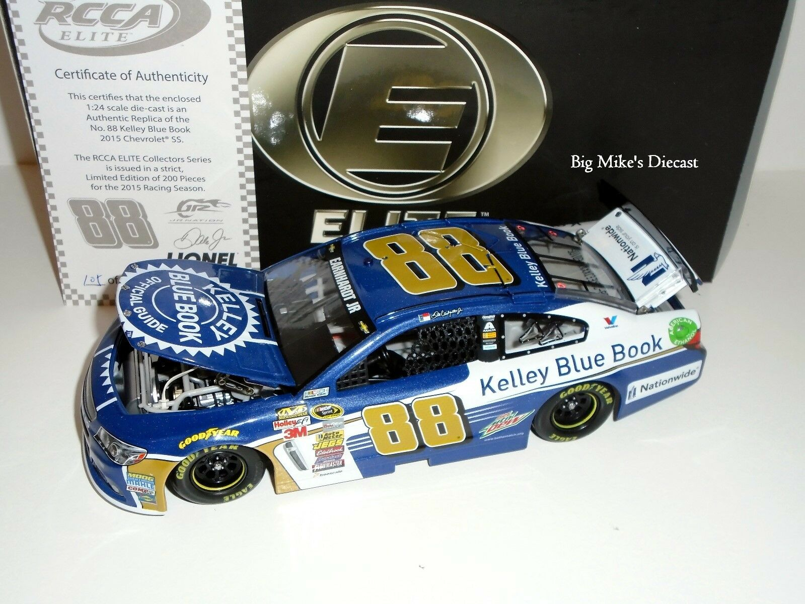 2015 Dale Earnhardt Jr. Kelley bluee Book 1 24 Diecast Elite