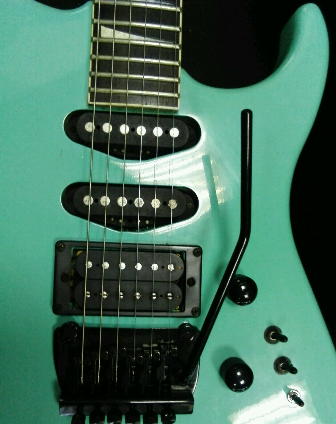 di moda Fenix Power Strat made in in in Korea 1991 Fender codice Jackson Style Floyd rosa LCD.  sconto online di vendita
