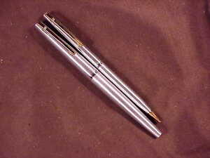 SHEAFFER STYLIST PEN/PENCIL SET, ALL BRUSHED STEEL, DUAL POINT NIB, c1965,