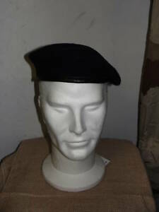 Beret-bleu-marine-Armee-Francaise-NEUF-Taille-61