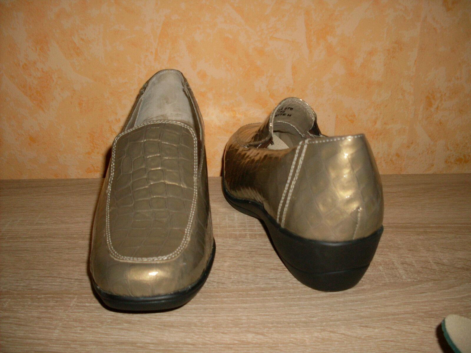Zapato de mujer verde Comfort Slipper nuevo talla 42 42 42 H en platino & charol óptica muy cómodo  buena reputación