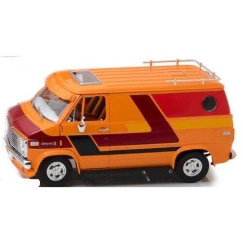 Chevrolet - serie van Orange 1976 1   18 - hwy-18012 highway 61