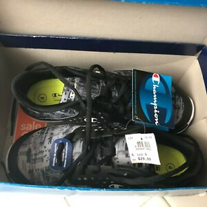 c4556b704f1 New With Tags CHAMPION Kids Gusto XT II Sneakers Shoes Size 4