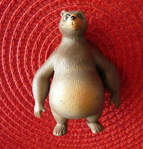 Collectable-Ornament-PVC-Figurine-Brown-Bear-with-Lens-from-Disney