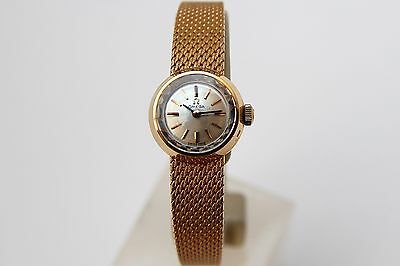 OMEGA original vintage 18K yellow gold ladies watch working New Old Stock (RB25)