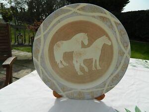 BARBARA-PAYNE-HAND-MADE-PLATE-SHOWING-2-HORSES