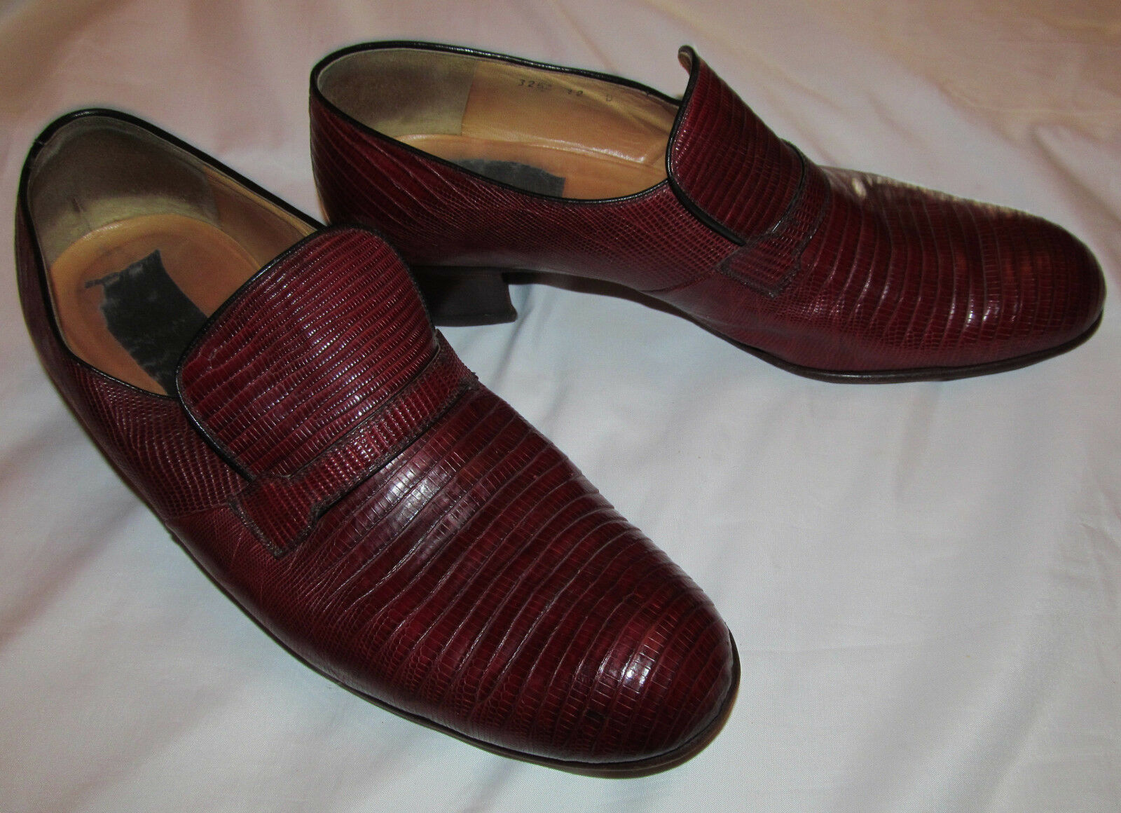 Vintage 70's MAURI LEIGHTON'S ox blood burgundy lizard  leather loafers shoes 12
