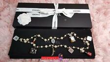 RARE 2004 / 04A CHANEL BEAUTY MAKEUP CHARM PEARL NECKLACE