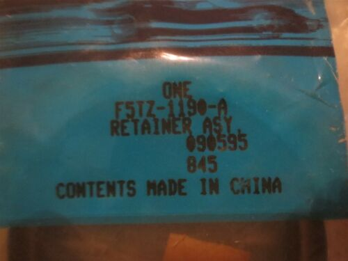 NOS FORD HARDWARE RETAINER SEAL PART NUMBER F5TZ-1190-A NEW