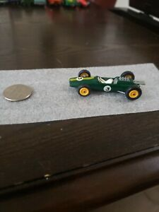 MATCHBOX-SERIES-LESNEY-PRODUCT-19-LOTUS-RACING-CAR-3-Old-Toy-Car