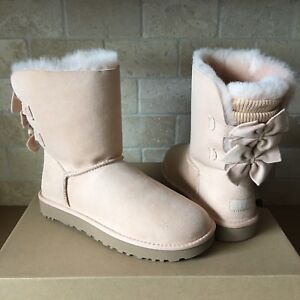f748bd96c49 Details about UGG BAILEY BOW SHORT KNIT RUFFLE SUEDE AMBERLIGHT CLASSIC  BOOTS SIZE 5 WOMENS