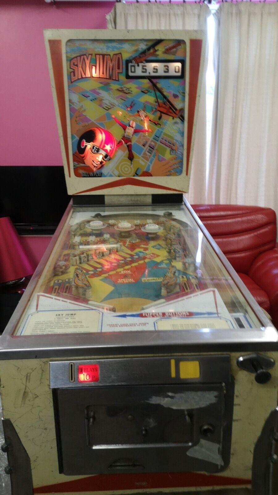 Pinball machine gottlieb's sky jump
